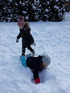 Hry na sněhu